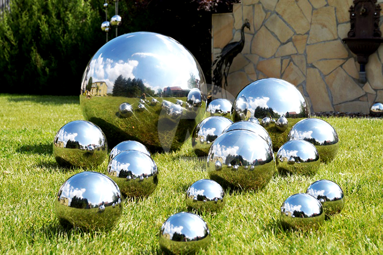 100 200 300 400 500 600mm Stainless steel garden ball Hollow steel sphere