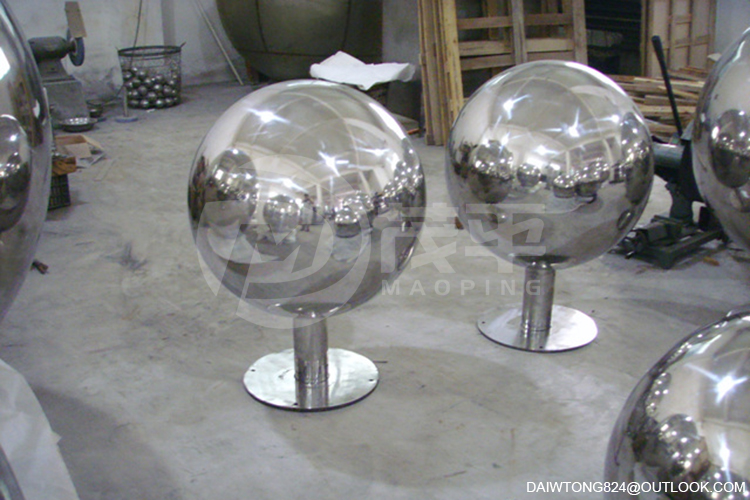 AISI304 Large Polished mirror Stainless Steel Sphere Sculpture