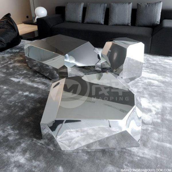 Golden Mirror Polished Modern Interior Stainless Steel Geometric Sculpture