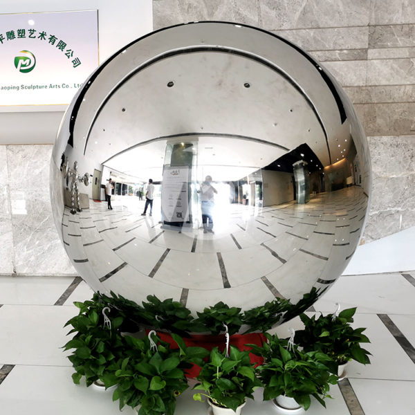 1300mm Large 8K Mirror Stainless Steel Gazing Ball Sphere