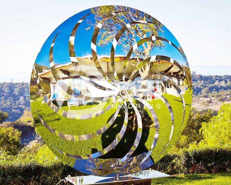 Pinwheel garden sculpture1