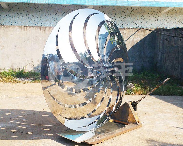 Pinwheel garden sculpture3